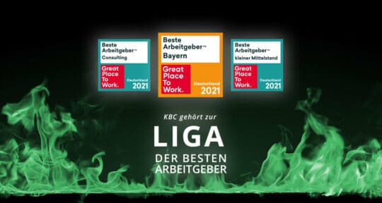 3 Logos von GPTW darunter der Text KBC gehört zur Liga der besten Arbeitgeber